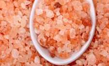 Apa cu sare de Himalaya – saramura vindecatoare