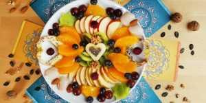 5 Sfaturi esentiale pentru a-ti imbunatati digestia mancand!