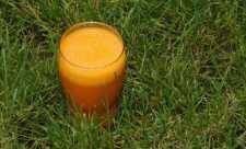 Sucul de morcovi reface tesuturile pielii
