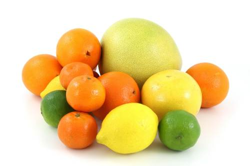 Detoxifiere cu grapefruit Cura de detoxifiere cu suc de grapefruit, portocala si lamaie - sanchi.ro