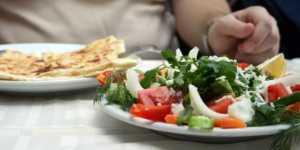 Alegerea hranei, intre aspect si continut