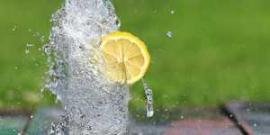 Nu esti bolnav, ti-e doar sete - Puterea vindecatoare a apei