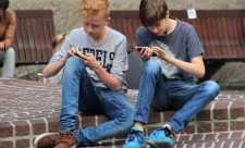 Dependenta de Facebook este asemanatoare cu adictia de cocaina