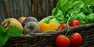 Fructele si legumele cu cele mai multe pesticide