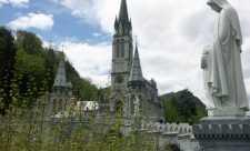 Lourdes, un loc al vindecării, un loc al iubirii