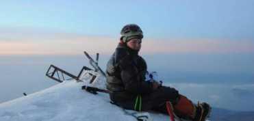 Crina Coco Popescu - Cea mai tanara alpinista din lume